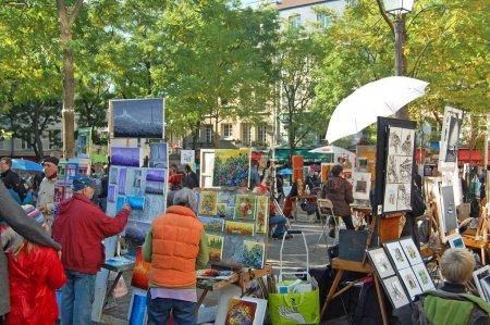 Постер, плакат: Place du Tertre Artists, холст на подрамнике
