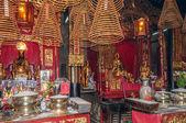 V čínských chrám