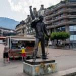 Постер, плакат: Freddie Mercury statue Montreux Switzerland
