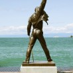 ������, ������: Freddie Mercury statue