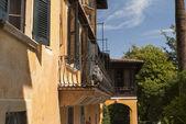 Il vittoriale domovem básníka gabrielo dannunzio na Gardském jezeře v italských jezer v severní Itálii
