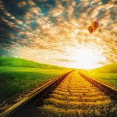 železnice přes zelené údolí