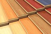 Sada barevné dřevěné vrstvené stavební prkna