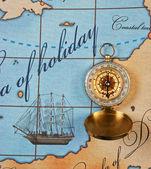 Fotografie compass on map