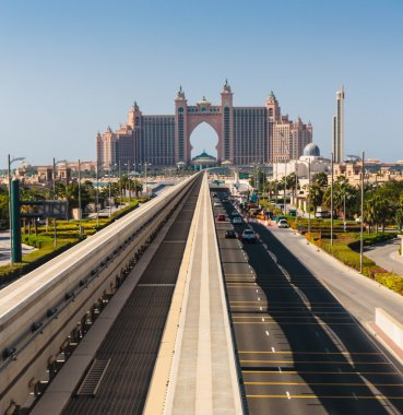 Atlantis hotel and monorail train in Dubai