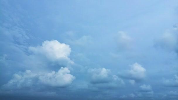 videa 1080p - večer timelapse kupovité mraky