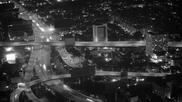 Video 1920 x 1080 - křižovatka - silniční křižovatka ve velkém městě