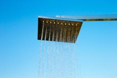 Refreshing shower