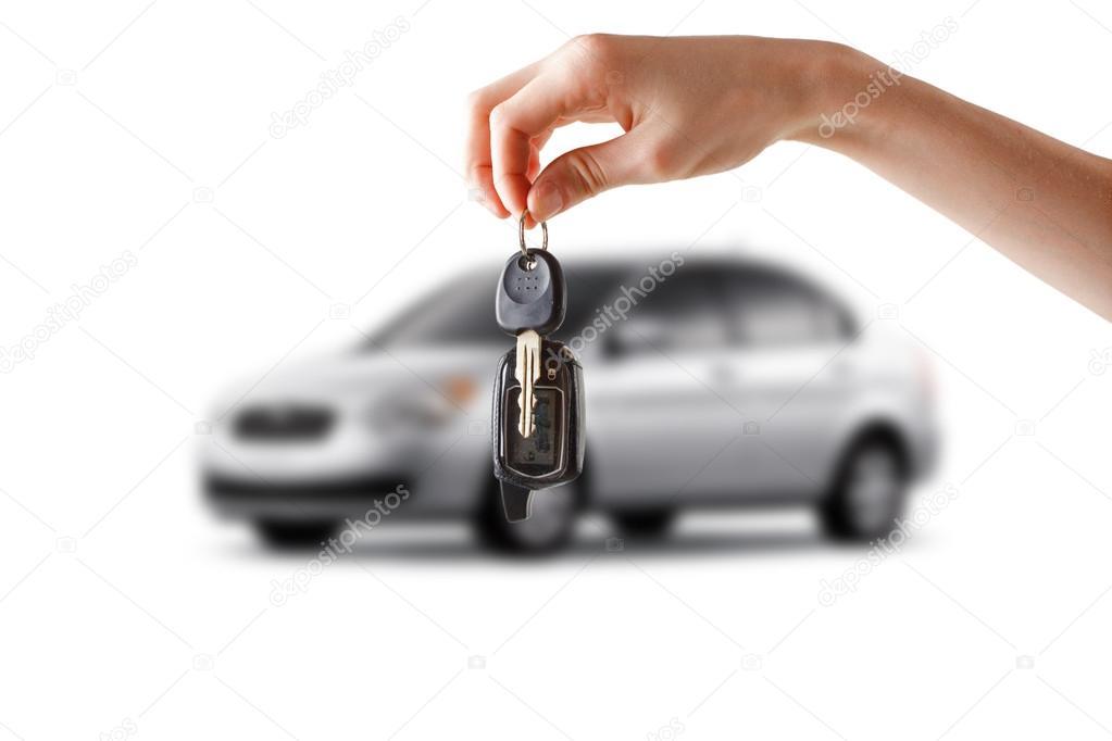 Le chiavi della macchina. Fondo bianco .