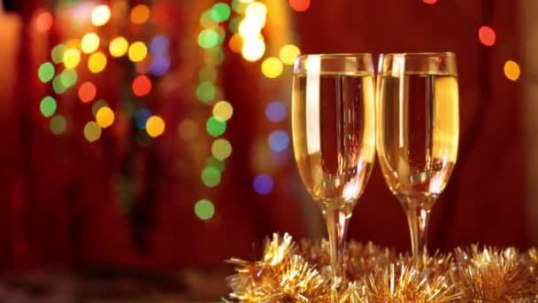 zwei Flöten mit Champagner
