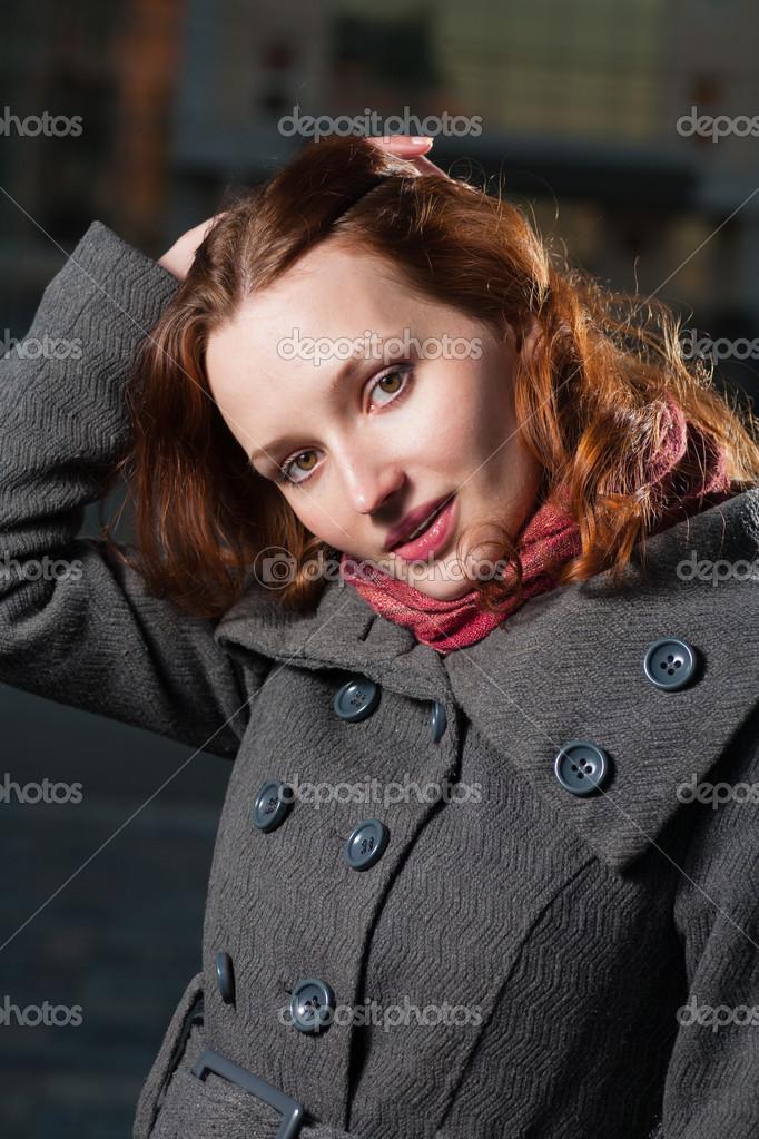 Волосатая женщина 32 года