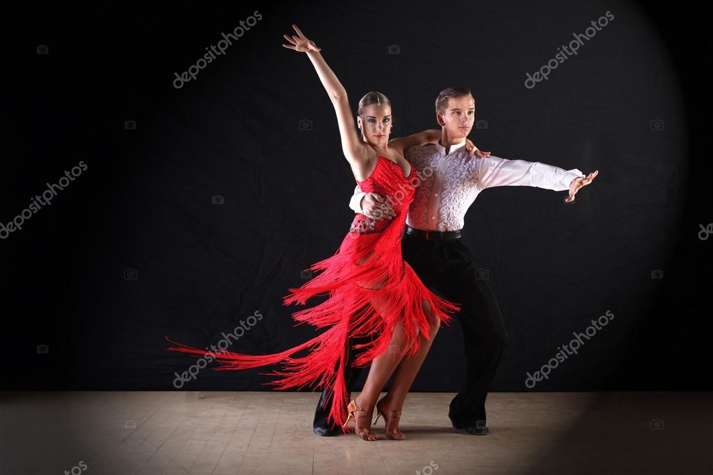 Latin dance is a general label and a term in partner dance competition jargon It refers to types of ballroom dance and folk dance that with few exceptions