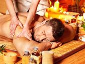 Žena se Bambusová masáž.