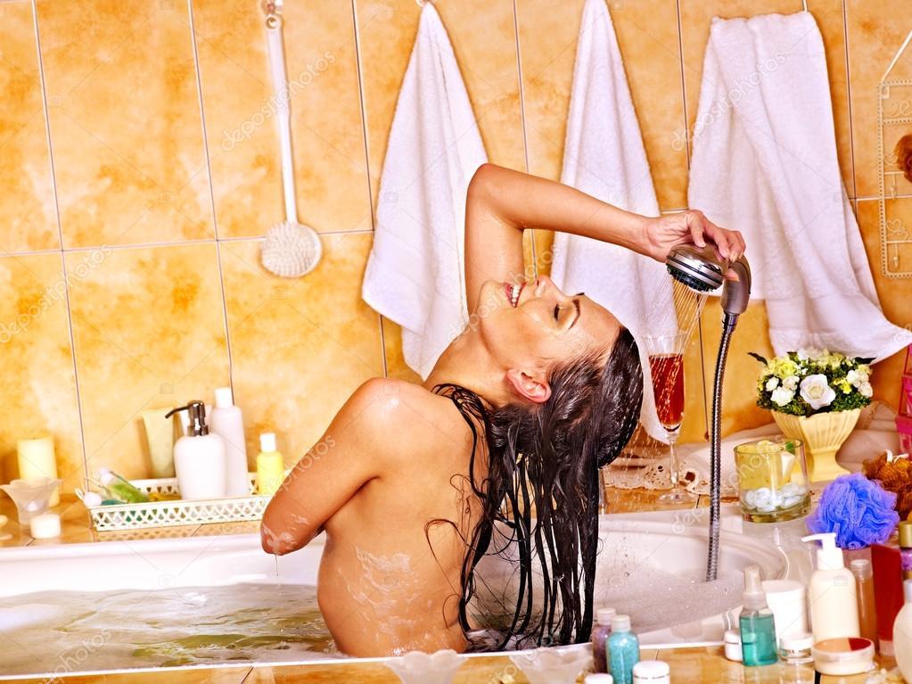 как правильно мыться в ванне женщинам видео - 8