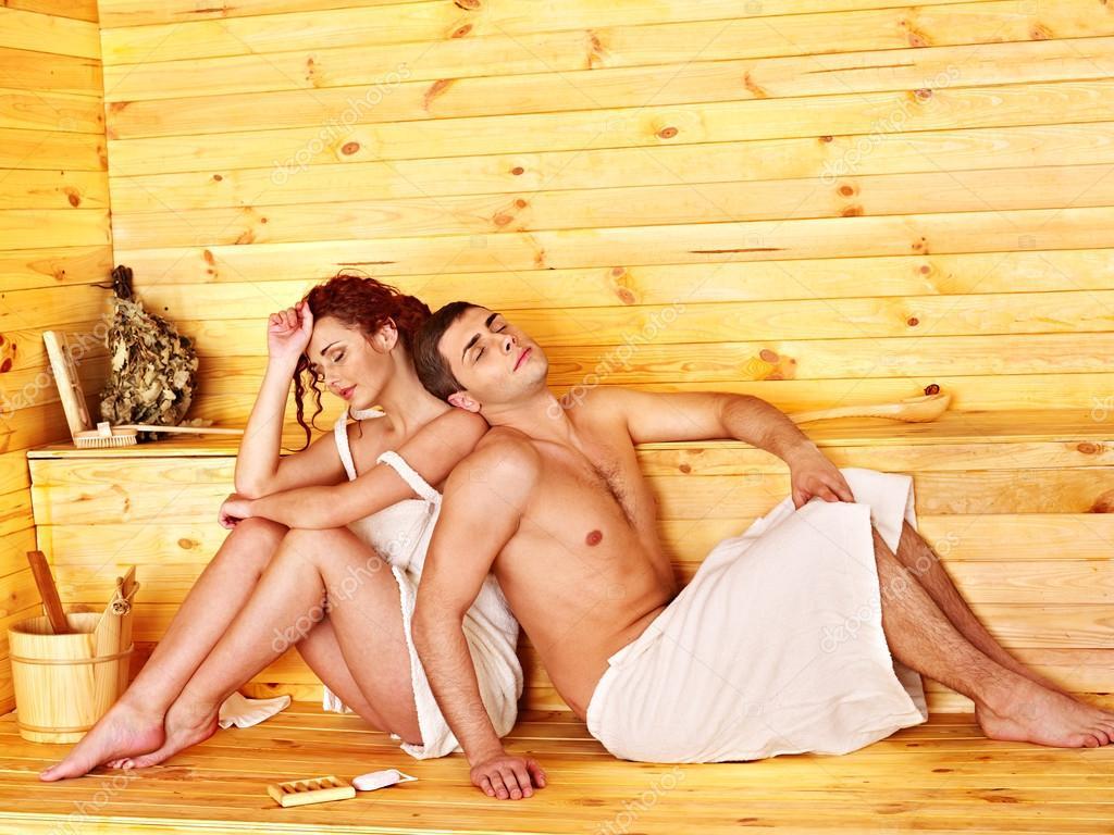 Как ебут русских жен в бане очень