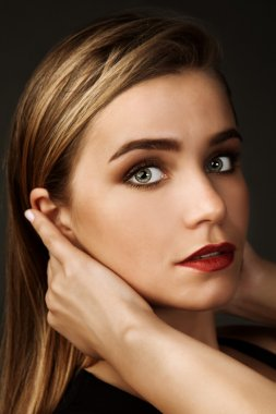 Beauty portrait of young woman with beautiful healthy face.