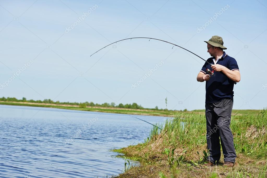 сонник дочь ловит рыбу