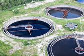 Fényképek Csoport, a szennyvíz-szűrés a szennyvíztisztító tartályok