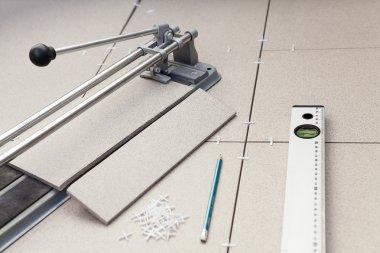 Tile-cutter