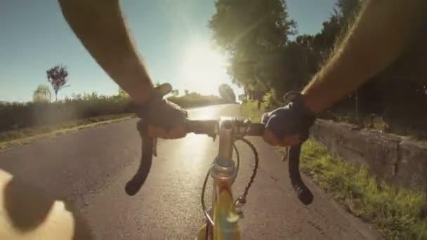 Horolezecká cesta s bicylcle