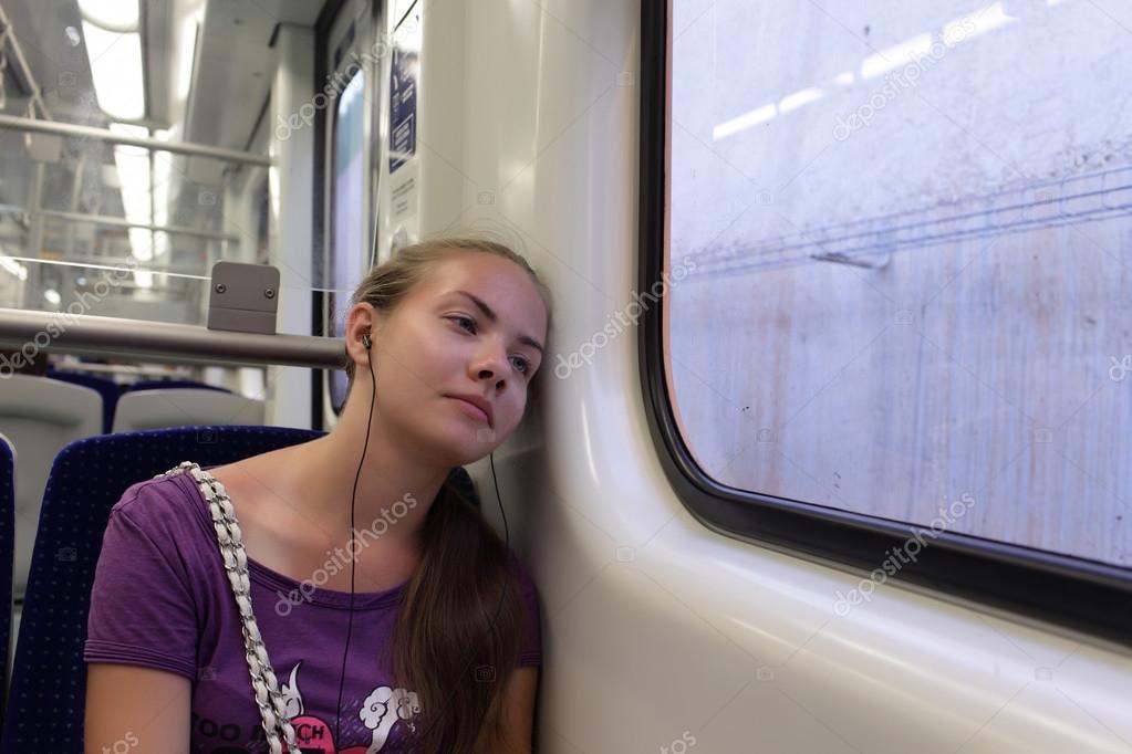 С викой в поезде, как сношаются китайцы