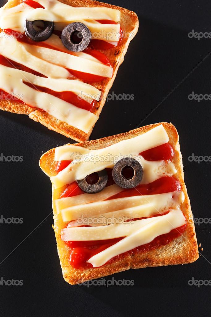 halloween planning the toast - 650×975