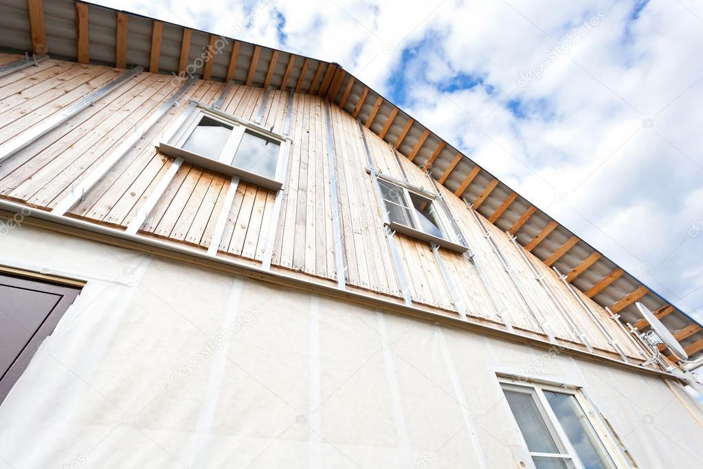 Pareti Esterne Casa : Isolamento delle pareti esterne in legno casa u foto stock