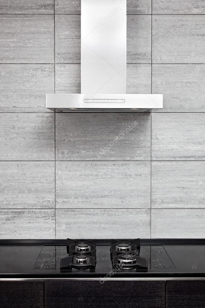 hotte de cuisinière à gaz et cuisson sur cuisine de style moderne ...