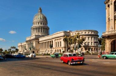 HAVANA, CUBA-MAY 14:Vintage cars near the Capitol on May 14,2013