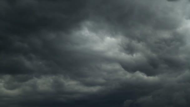 dešťové mraky, timelapse