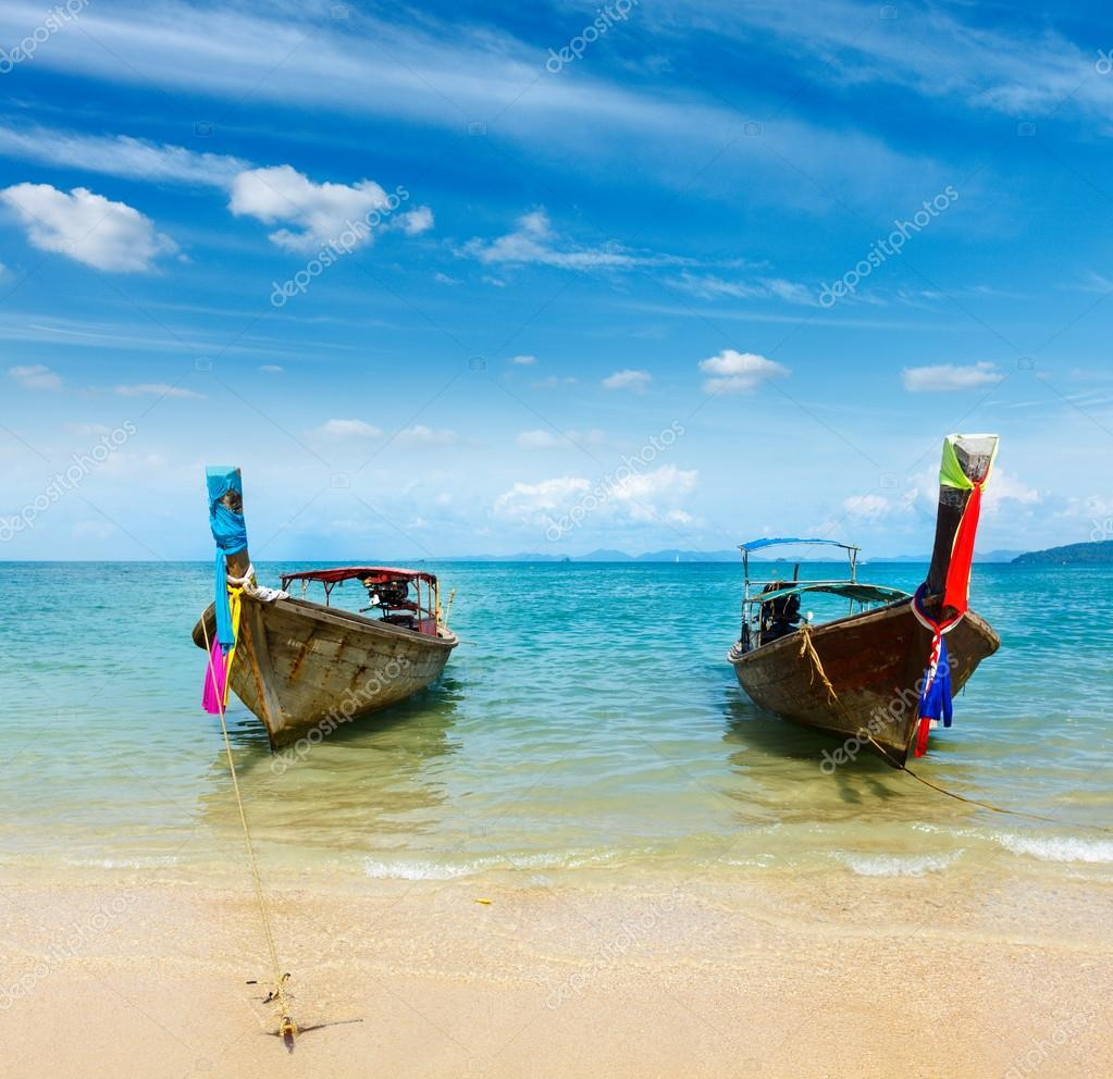 Фотообои Long tail boat on beach, Thailand