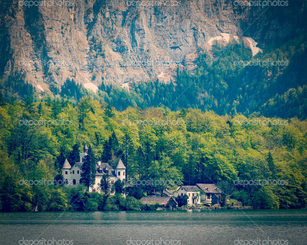 Castle at Hallstatter See