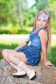 Fényképek kislány farmer ruha