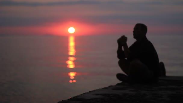 uomo, silhouette, tramonto