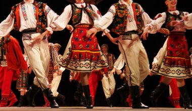 Ukrainian National Folk Dance Ensemble Named After P.Virsky