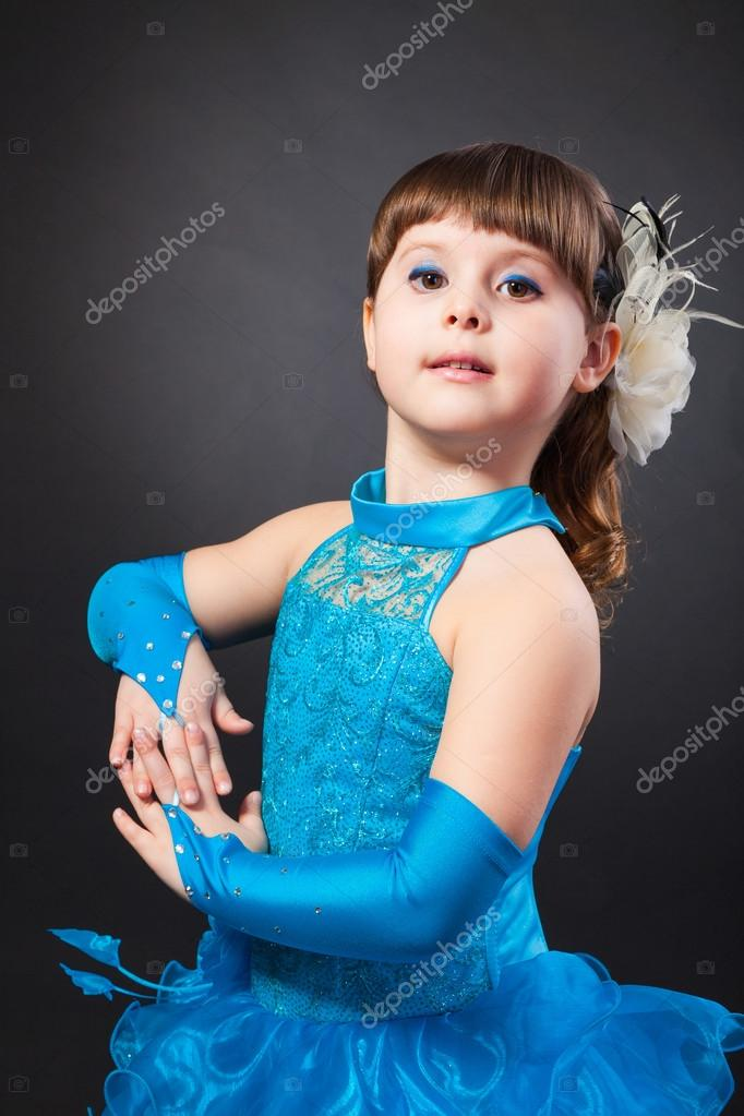 0f1117b85692 Smiling little girl in princess dress hands clasped — Stock Photo ...