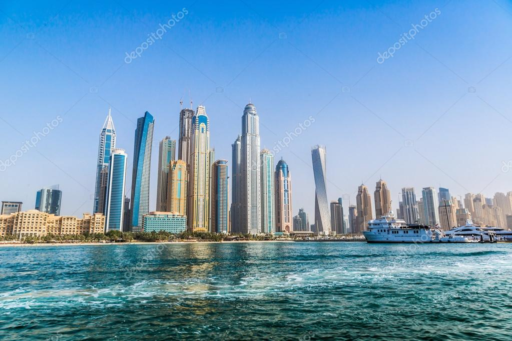 paysage de dubai marina mirats arabes unis photo ditoriale bloodua 46369983. Black Bedroom Furniture Sets. Home Design Ideas