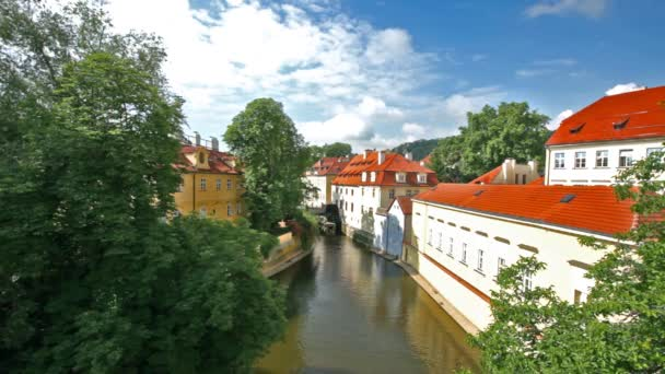 ďábel, malý kanál v Praze