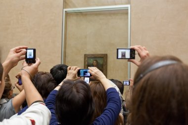 Audience near the picture