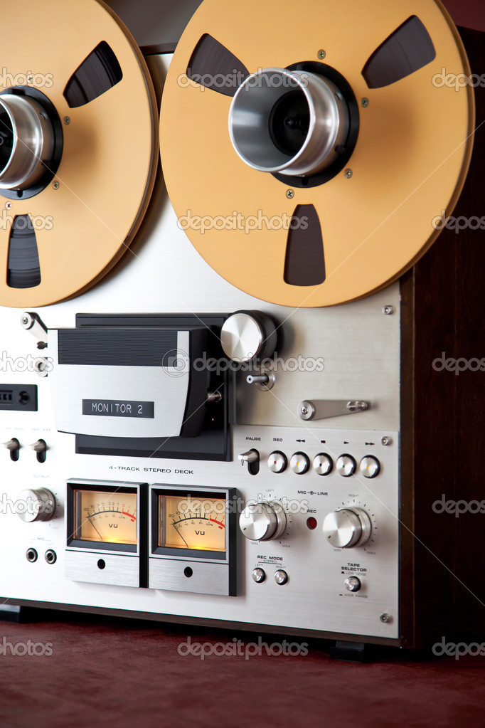 7910b2870e25 Analog Stereo Open Reel Tape Deck Recorder Vintage Closeup — Photo by  vittore