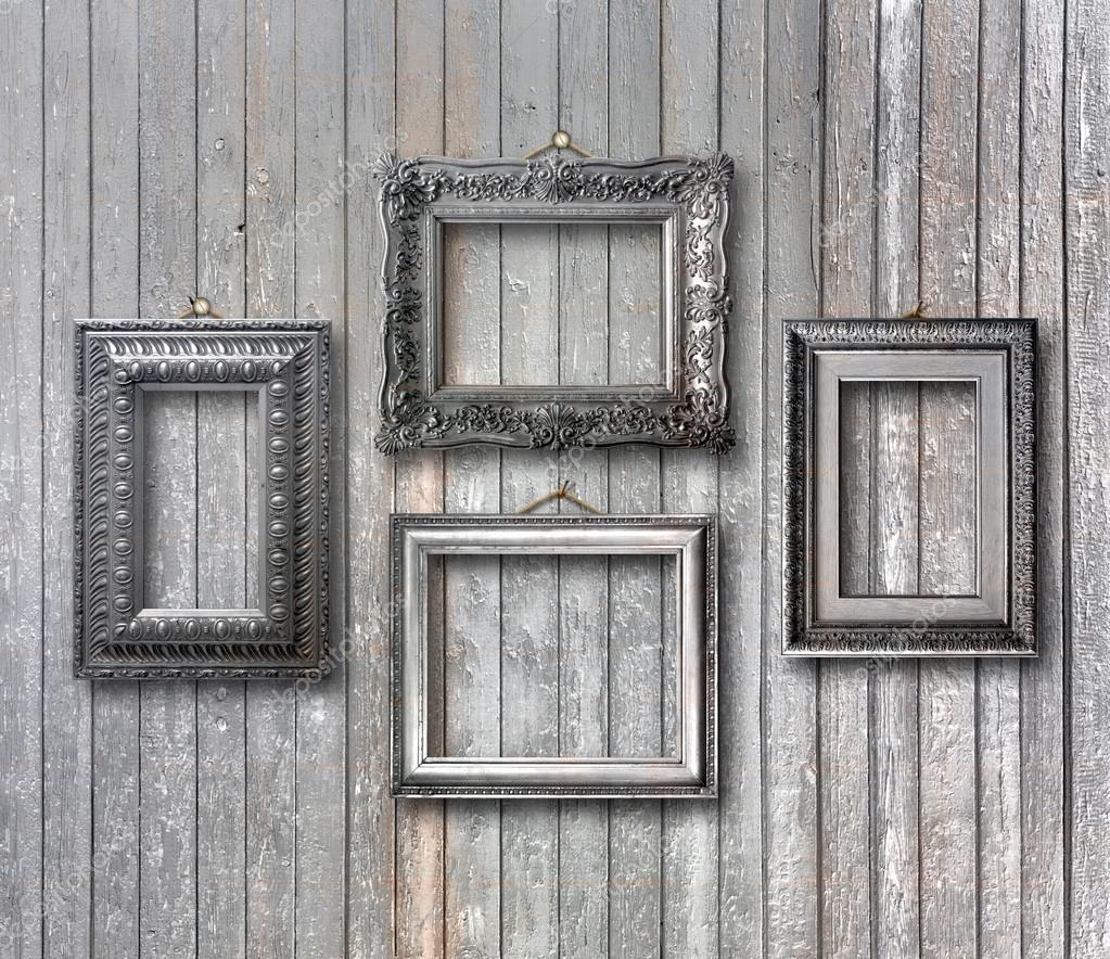 marco de plata vintage para el cuadro en la pared de madera gris ...