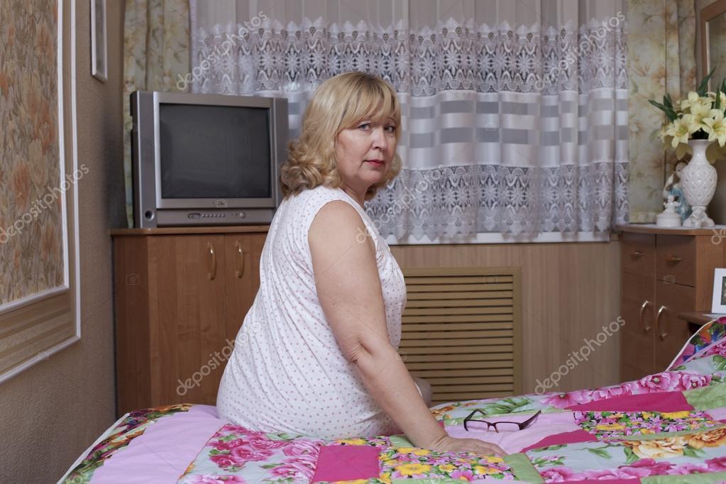 Приколы жена дома в спальне порно алексис
