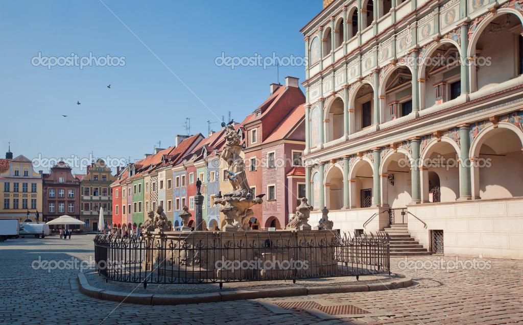Фотообои Architecture of Old Market in Poznan, Poland