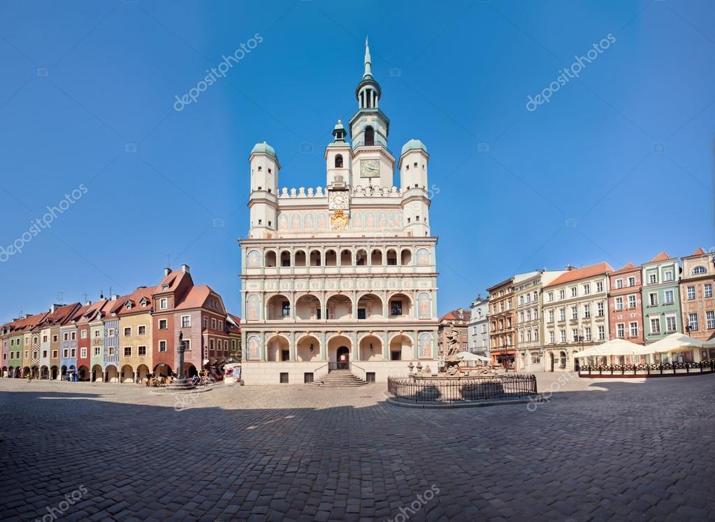 Фотообои Old Town Hall in Poznan, Poland