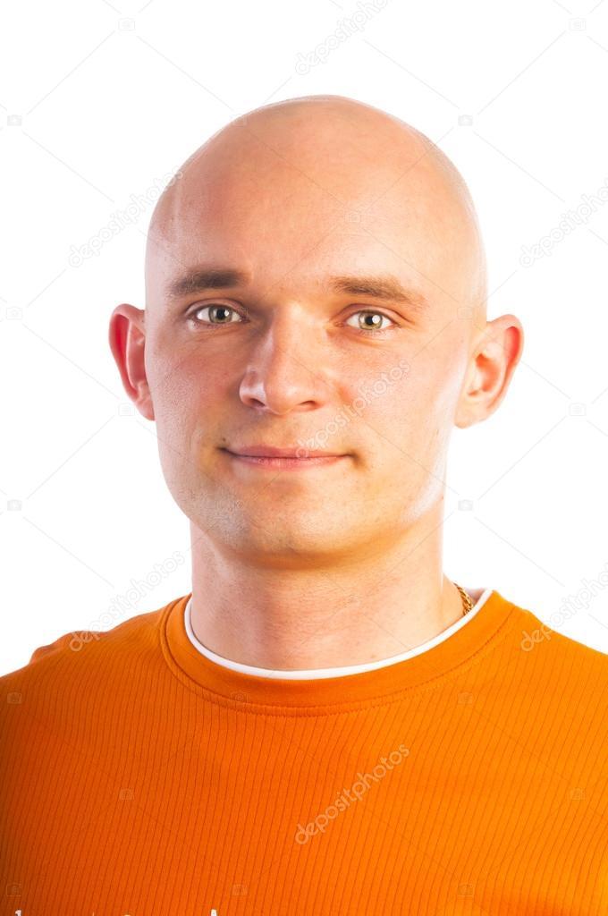 ¿Cómo quitar la caspa?: 4 remedios fáciles Depositphotos_31347375-stock-photo-bald-handsome-man-in-orange