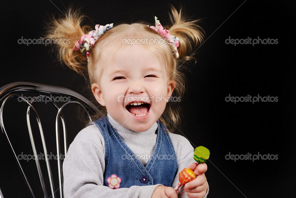 Kleinkind Mädchen Mit Pferdeschwanz Frisur Stockfoto Reanas