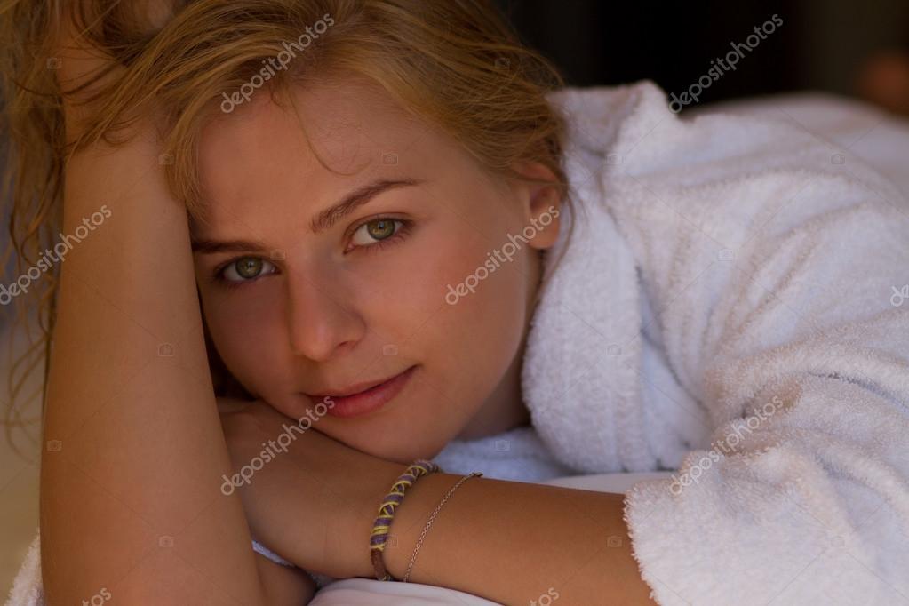Фото блондинок после ванны фото 164-482