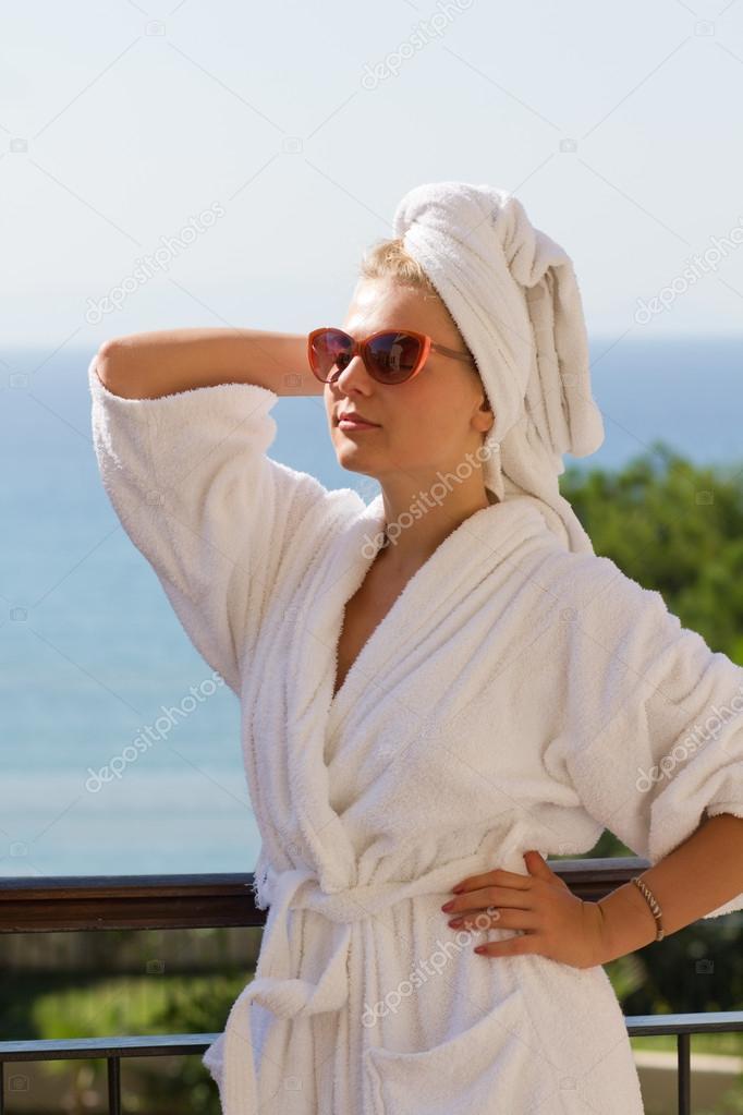 Фото блондинок после ванны фото 164-608