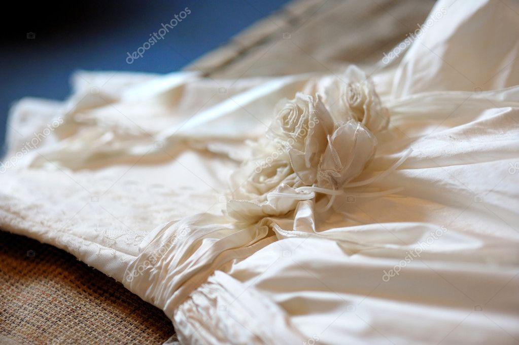 Wedding dress decoration