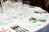Tisch für eine Event-Party gedeckt